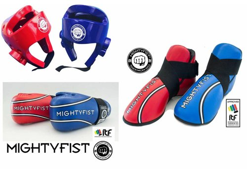 Mighty Fist XL Set ITF Taekwon-Do hand voet en hoofdbeschermer