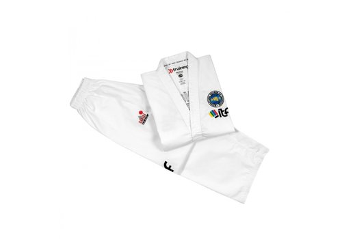 Fuji Mae ITF Approved Taekwon-Do pak training