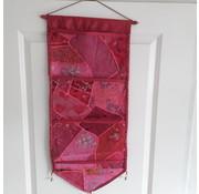 Joni's Winkel Hangende patchwork tijdschrifthouder Roze