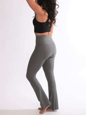 Tame the Bull - Seamless Yoga en Active Wear Casual Flared Legging Grey Melange