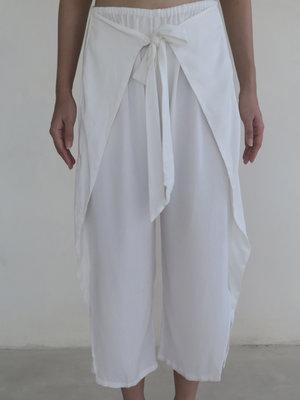 Inti Yoga Studio - Yoga en Lounge Wear Sage Broek Off-White