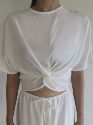Inti Yoga Studio Alisa Top Off-White