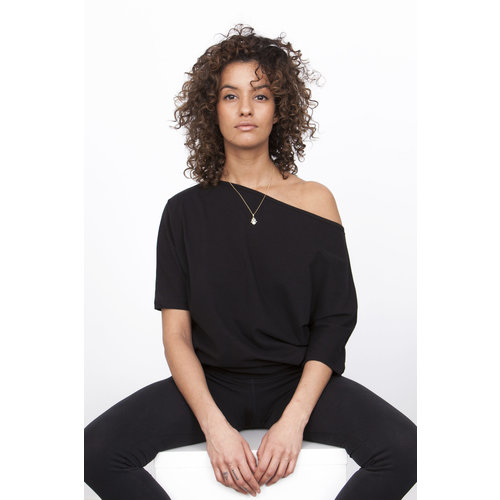 Urban Goddess Bhav Yoga Tunic Black