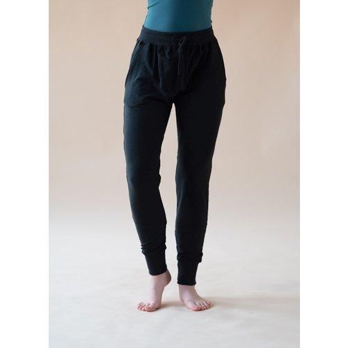 Yogamii - Duurzame Yoga Kleding Mudra Broek Zwart