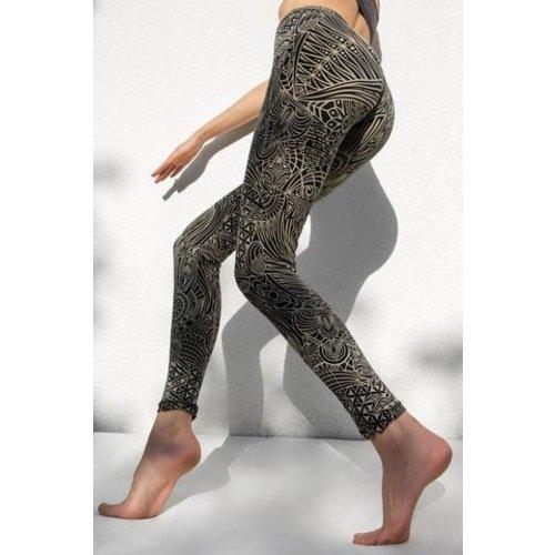 Funky Simplicity - Duurzame Yoga Kleding Hoge Taille Legging Cream Black Tribal Eagle