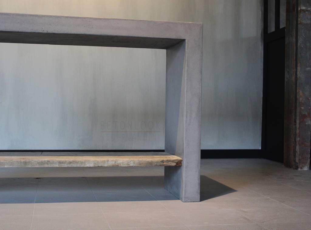 Hout En Beton : Sidetable gecombineerd met hout en beton betonlook nederland