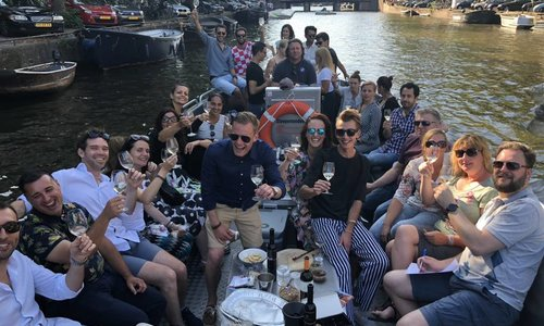 Canal Cruise & Wine Experience  Amsterdam