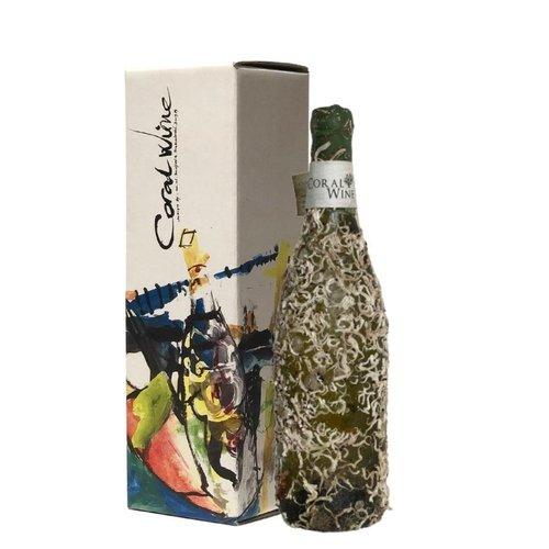 Coral wine Ravan (Sauvignon Vert)