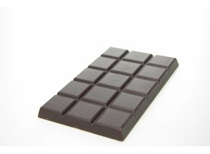 SJOKOLAT A dark bar of chocolate with 70% cocoa