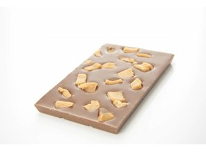 SJOKOLAT A bar of milk chocolate with pieces of caramel