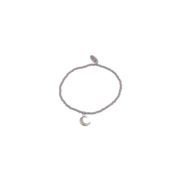 By Shir Armband kraaltjes grijs met bedel maan zilver