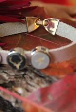 Eigen atelier Bracelet en cuir Rudolf avec beau cabochon de renne et étoiles