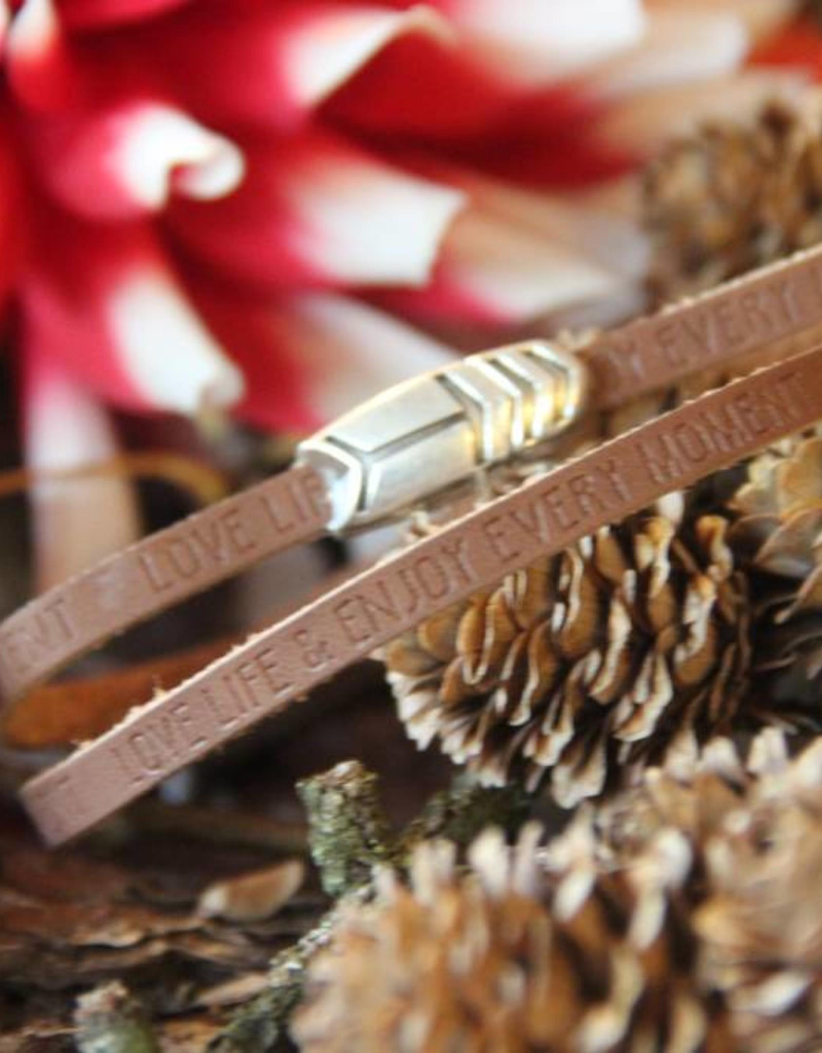 Eigen atelier Beautiful leather wrap Enjoy