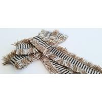 Broche Strik chenille en metallic garen