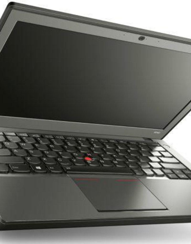 Lenovo Lenovo X250 i5 5300U- 120 GB SSD  - 4 GB Ram - win10 - 12,5 inch beeldscherm - (marge artikel)