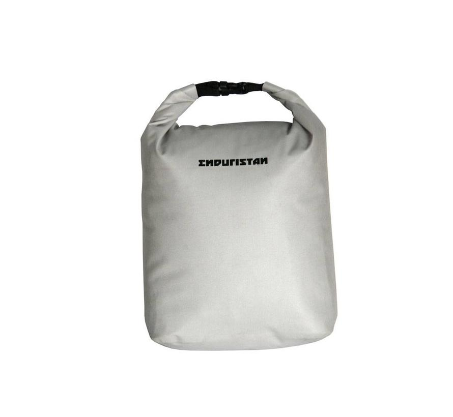 Enduristan Isolation bag - Keep your filthy clothes seperated from your dry clothes