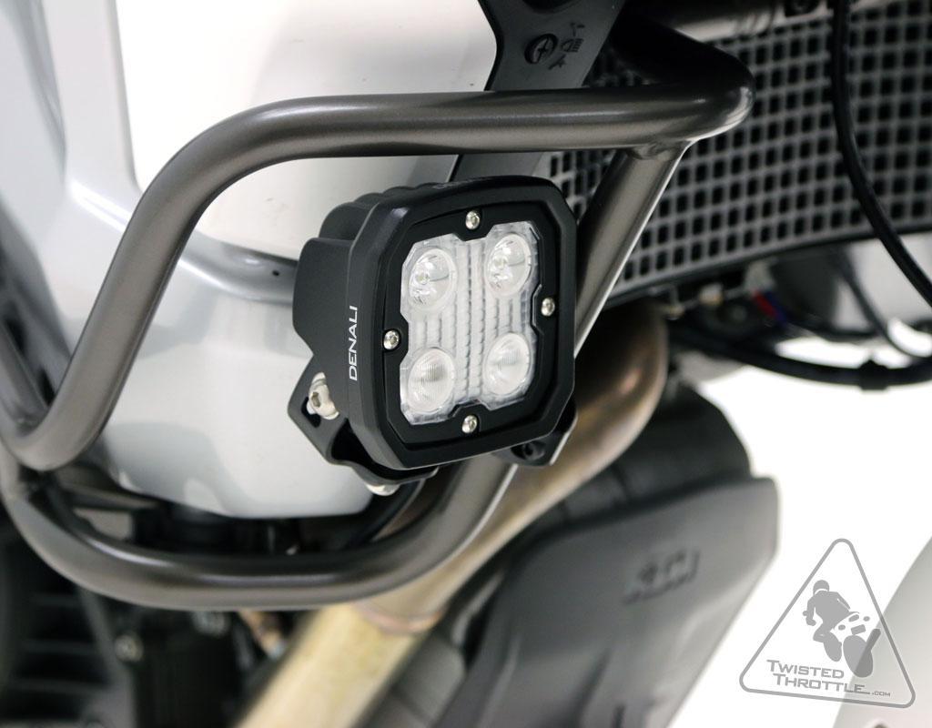 ... extra verlichting op de motor