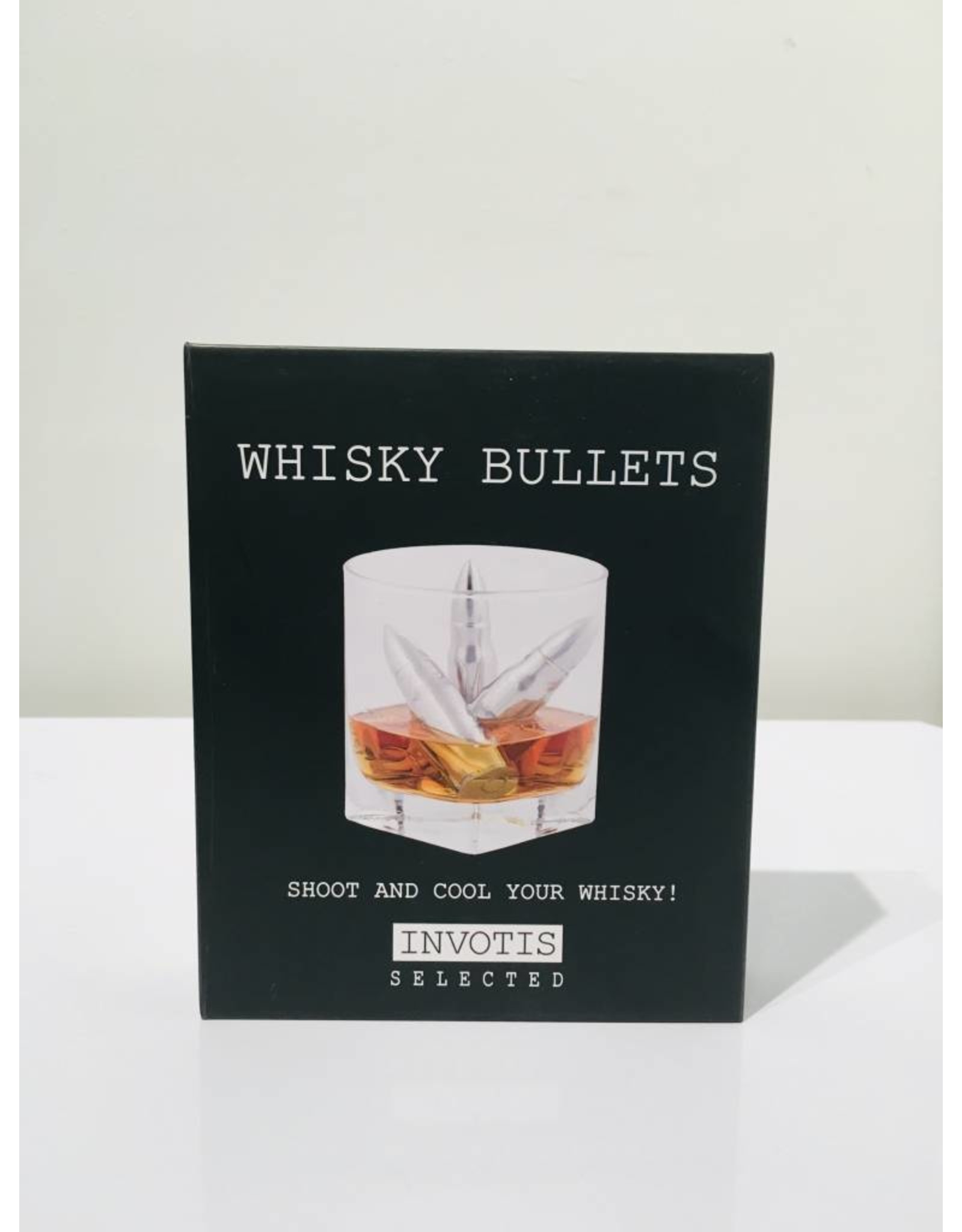 4 reusable ice cubes in the shape of bullets (with a pouch included)
