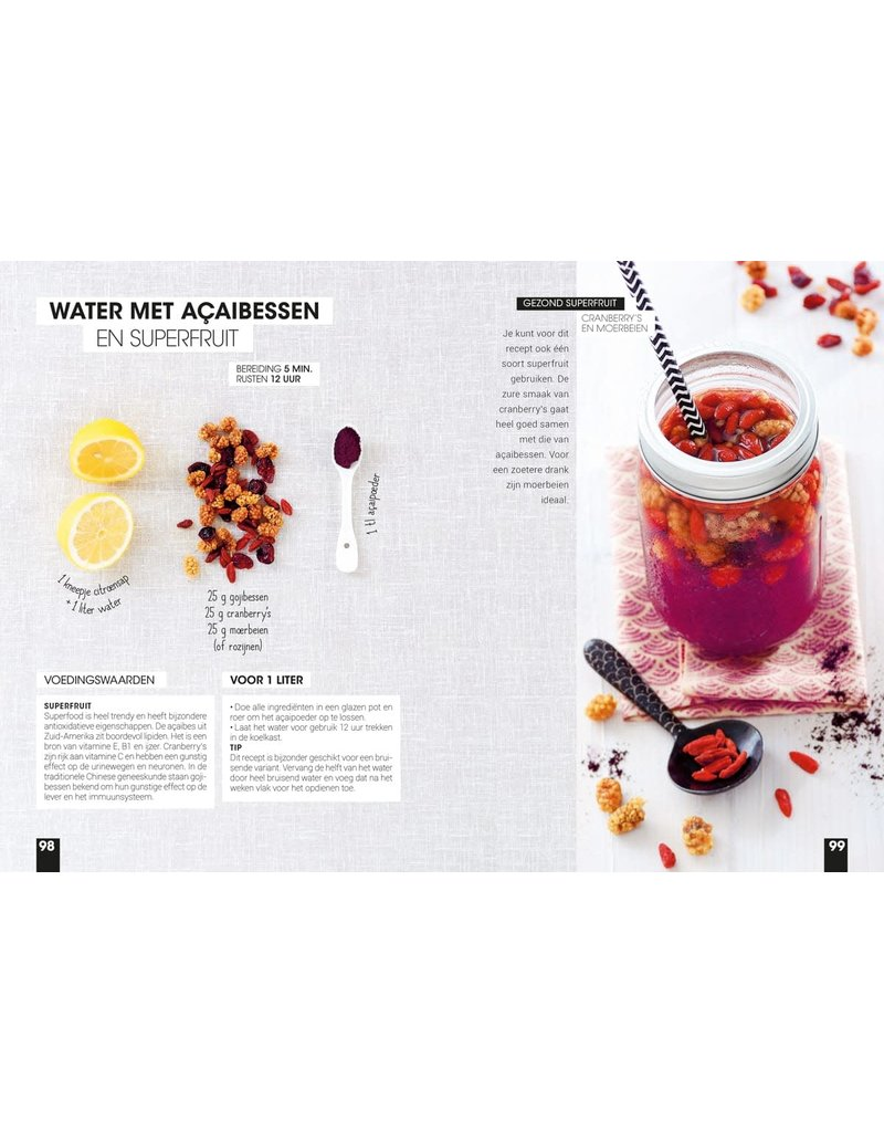 Lantaarn book - detox water
