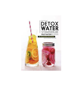 Lantaarn boek - detox water