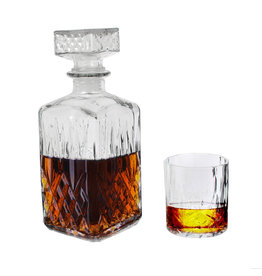 CMP set whisky decanter & 4 glasses