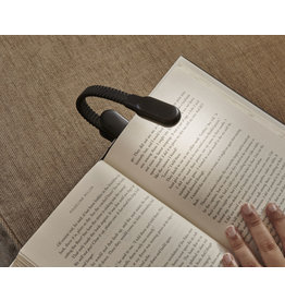 Kikkerland clip book light - rechargeable (black)