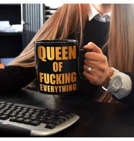 Out Of The Blue mug XL - queen of fucking everything
