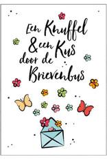 Artige Quarantaine kaart - knuffel en kus door de brievenbus
