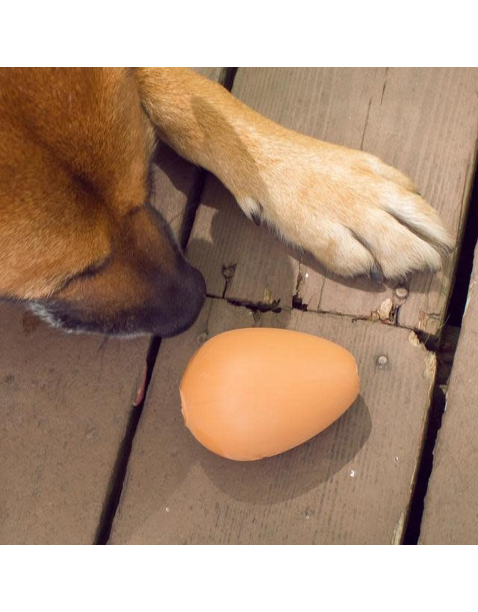 Kikkerland bouncy egg - treat ball