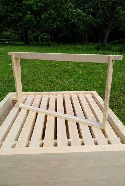 10 Simplex Hoffmann brood frames (assembled & wired)