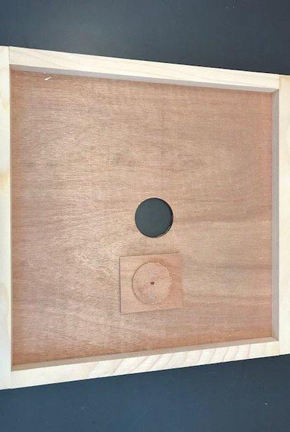 Couvre-cadres en bois avec trou nourrisseur DB12