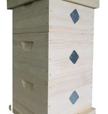 Modified Warré hive without windows - complete