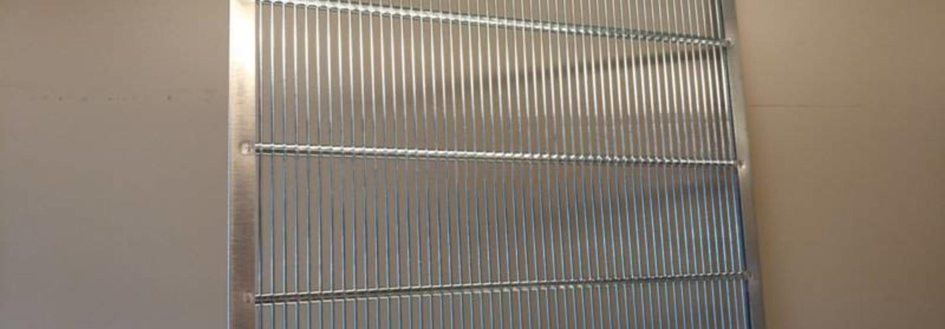 Gegalvaniseerde koninginnerooster 360 x 360 mm