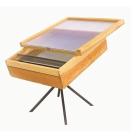 Solarwax melter with base