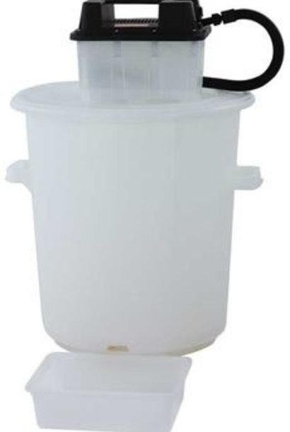 Plastic steamwax melter