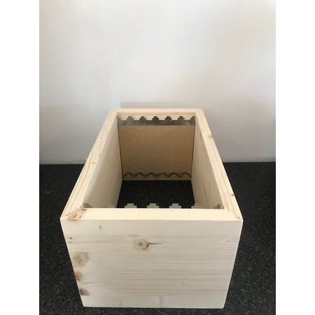 Brood chamber without frames Simplex nuc box