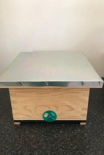 Nuc box for queen rearing Simplex
