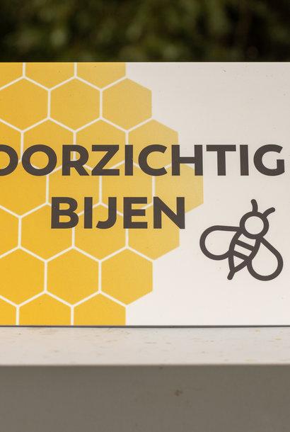 Pancarte attention abeilles