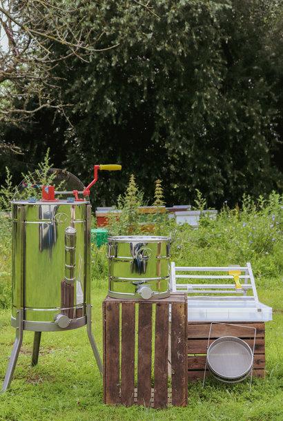Set honey harvesting