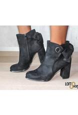 Boots Ella