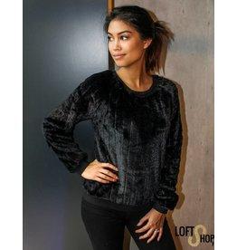 Lofty Manner Sweater Dominica