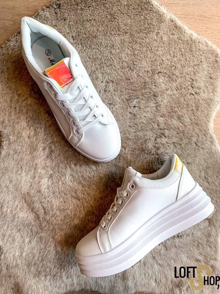 Shoes Show Sneaker Belle