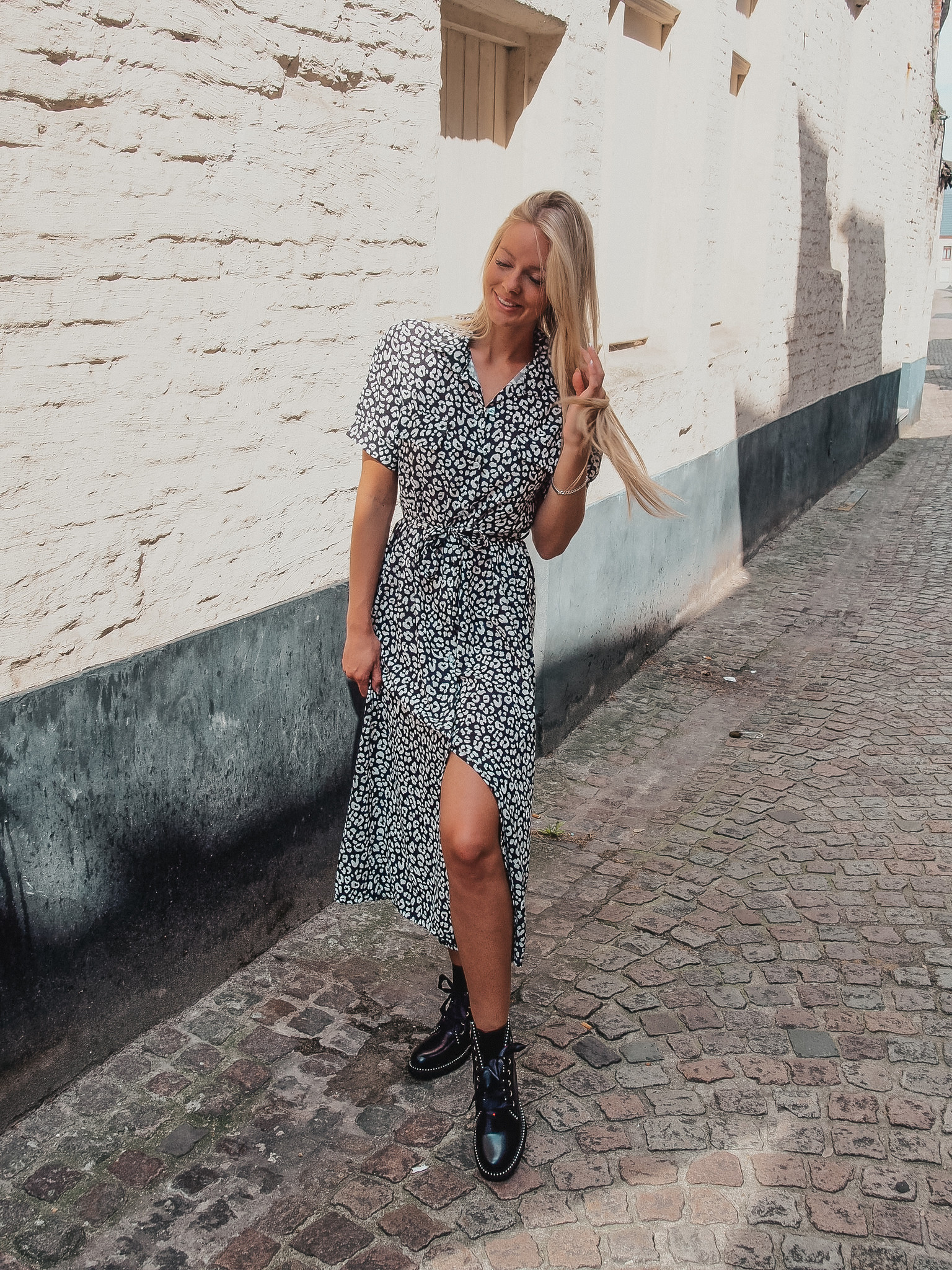 Lisa Fashion Leo black&white