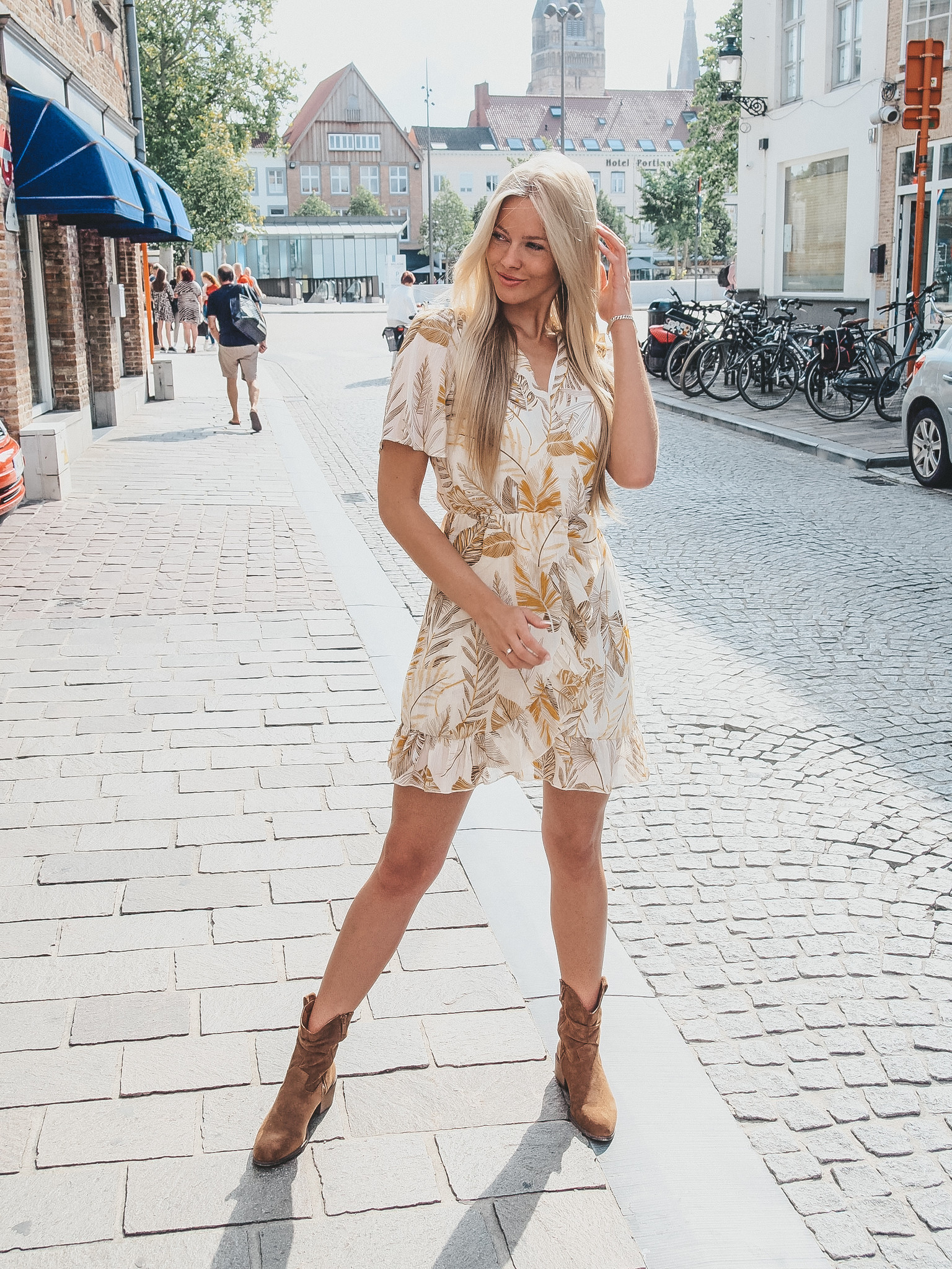 Lisa Fashion Dress Jordi camel/mosterd