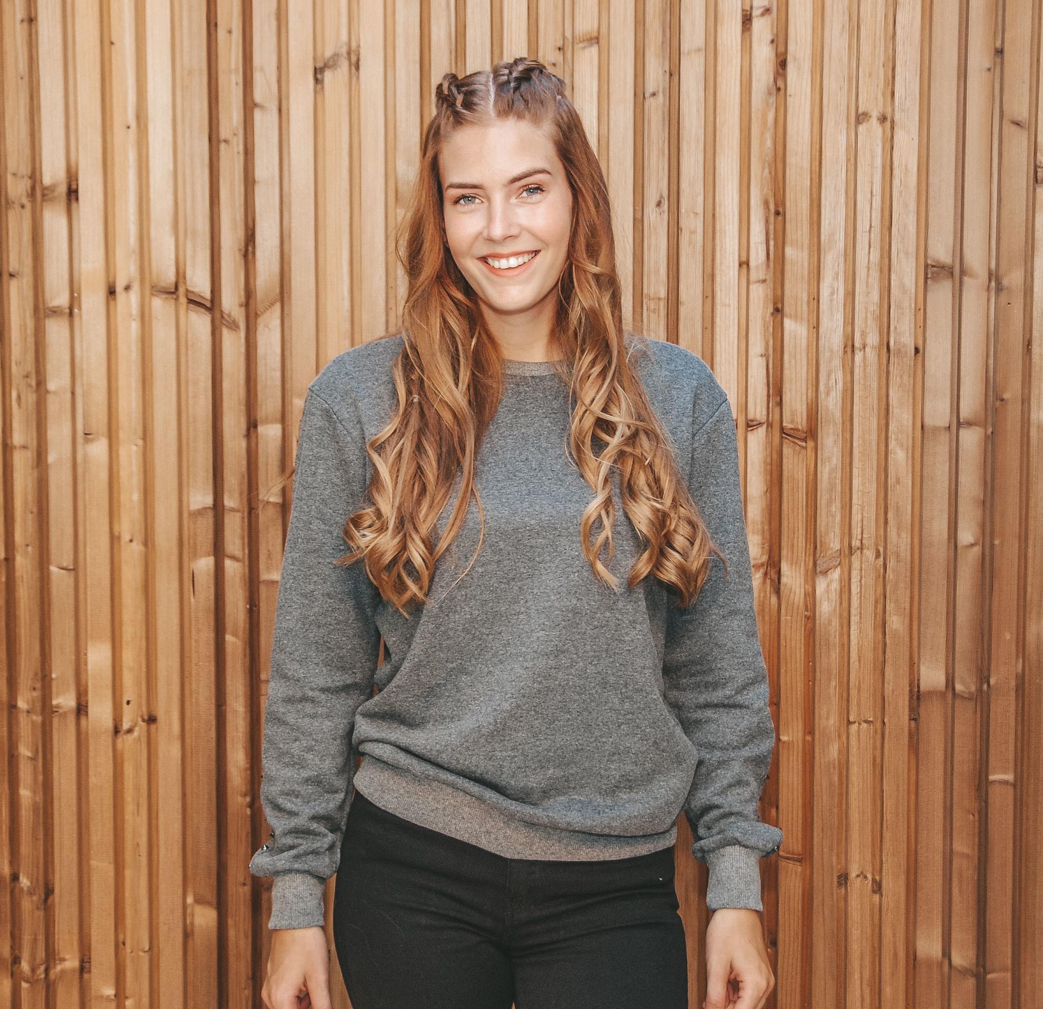 Yoki Sweater Studs