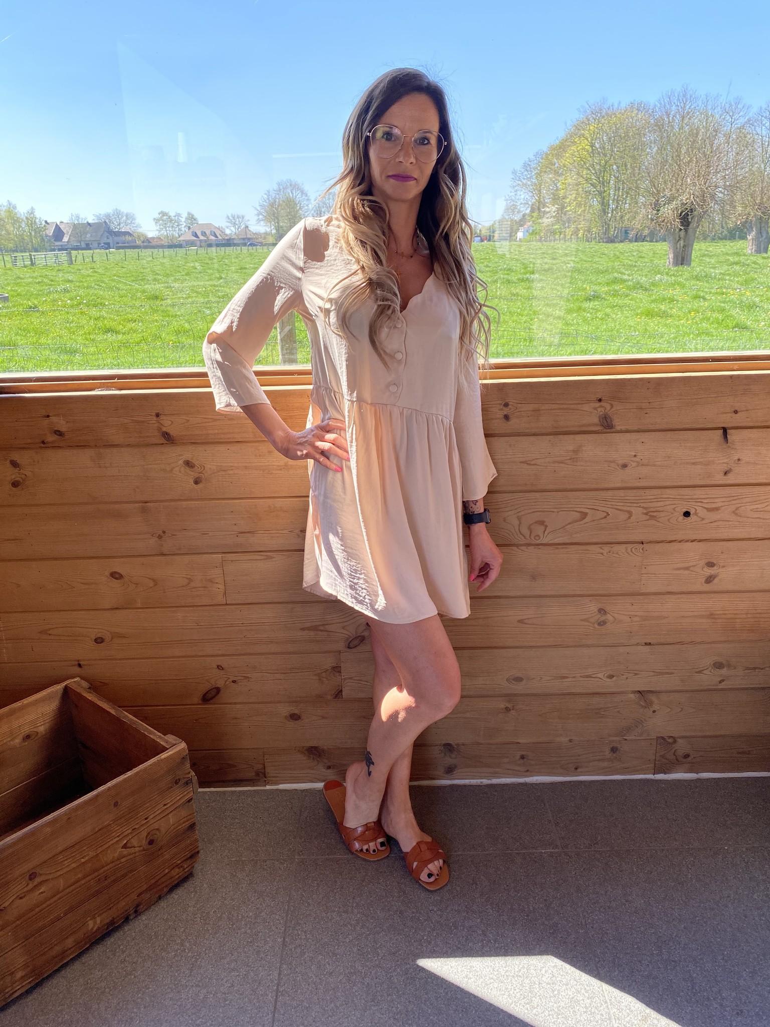 Dress Kourtney beige