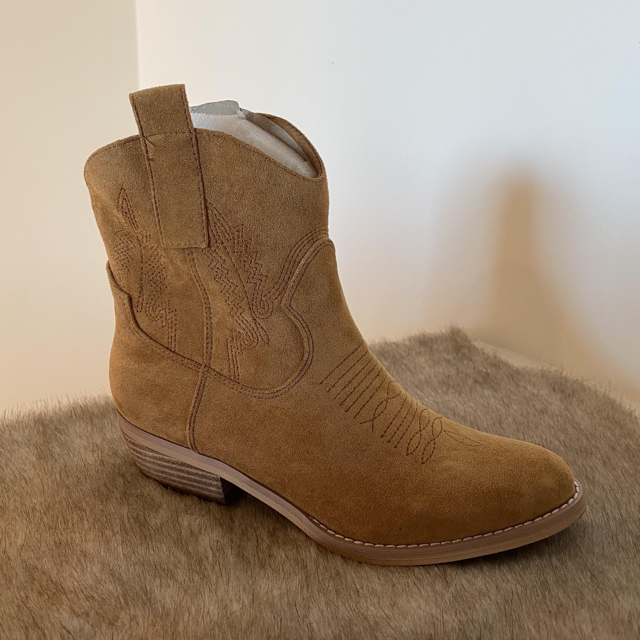 Lage cowboy boots camel