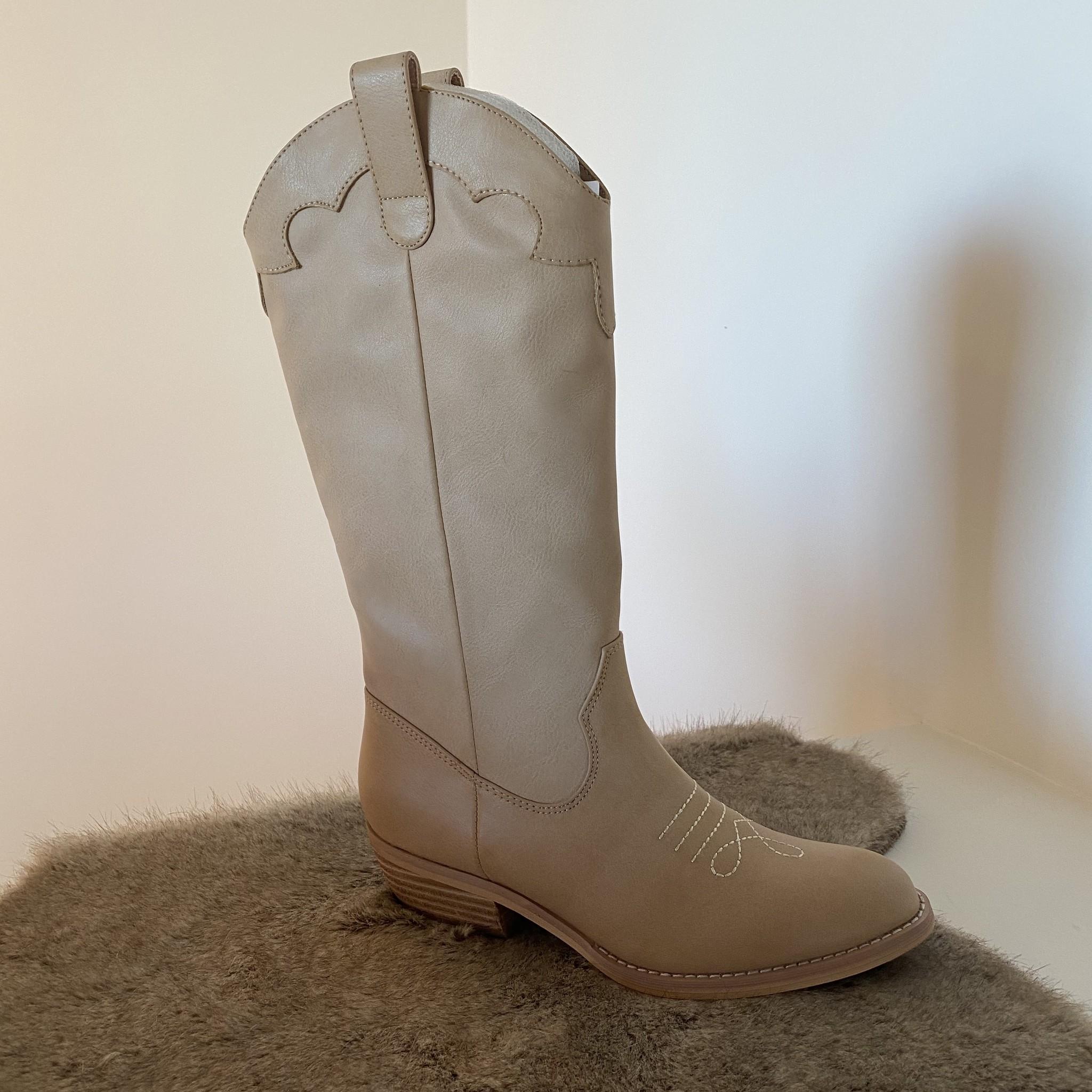 Cowboy boots camel long