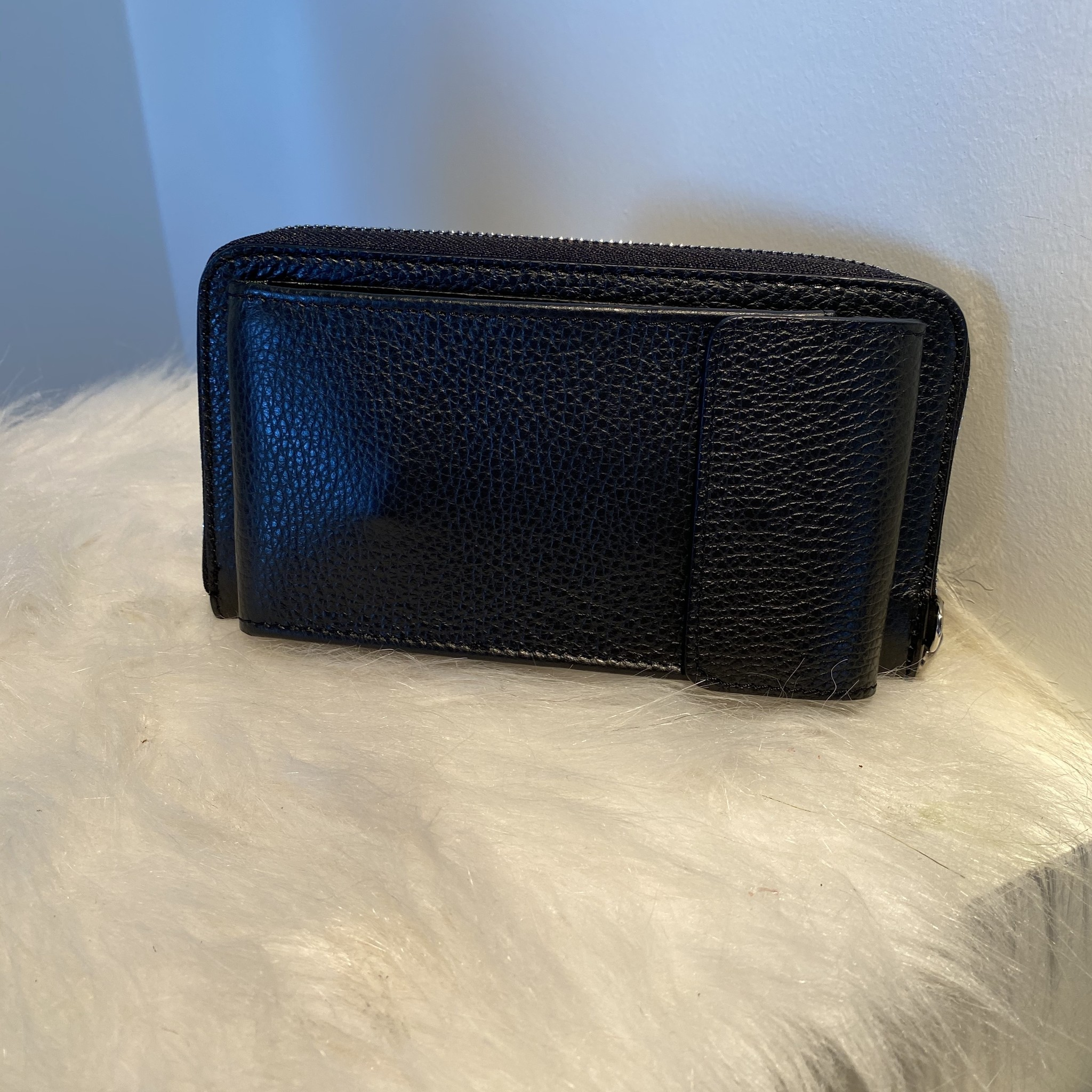 Portemonnee Zwart Kate met schouderband