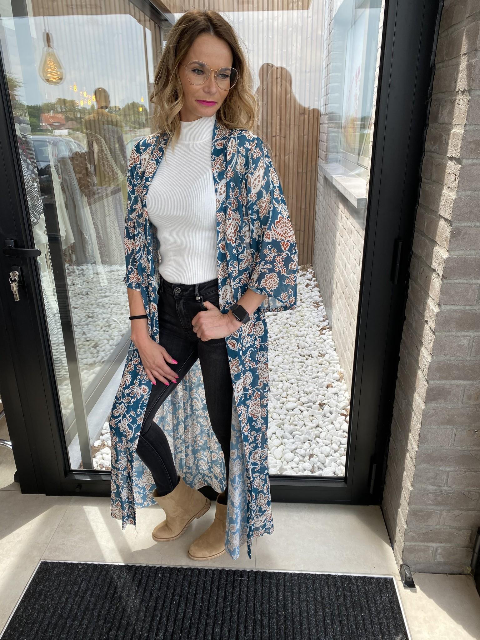Kimono Isa blue.